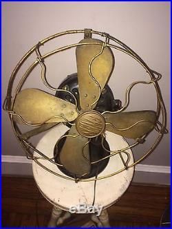 1910-11c. Fort Wayne Electric Works U. S. A, (G. E.) 12 Antique Desk Fan