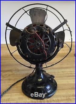 Antique GE General Electric Early Pancake Motor Brass Blade Electric Fan