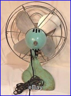 Antique Vintage McGraw Edison Co. Eskimo 10 Oscillating Fan Model 1005R