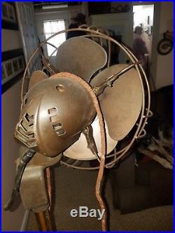 Antique Westinghouse Art Deco 8 Blade Oscillating Floor Fan