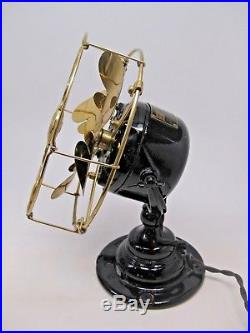 Rare Antique EMERSON Black Cast Iron Bullwinkle Brass Blades Electric Fan 19644