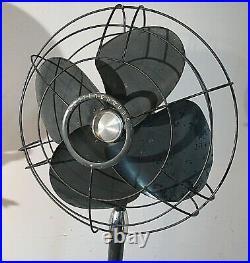 Vintage 1940's Westinghouse Poweraire Model 16PAP Oscillating Pedestal Fan