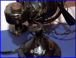 Vintage Antique MENOMINEE Oscillating Electric Table Desk Fan WORKS GREAT